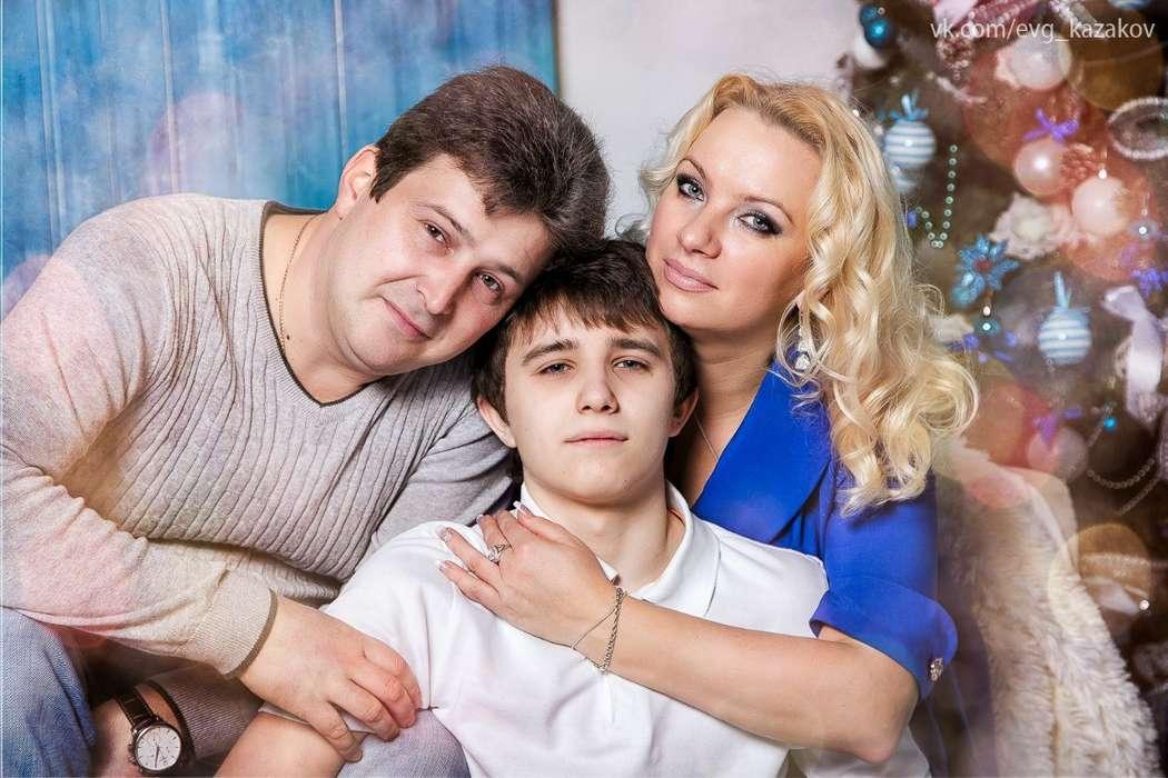 Катя ,Витя и Влад. Фотостудия CHIBELEK. фотограф Казаков Евгений. - фото 7928506 Казакова Ирина - видеограф