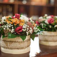 Коробки с цветами для мам молодоженов