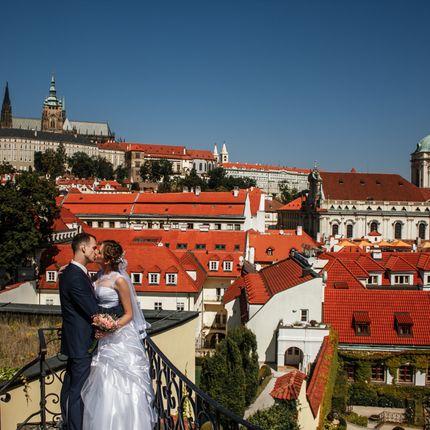 Свадебная фотопрогулка в Праге, 2 часа