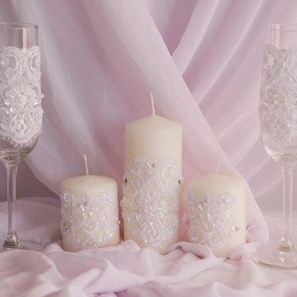 Свадебные бокалы и семейный очаг