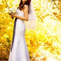 Осенняя яркая классическая свадьба в синих тонах.