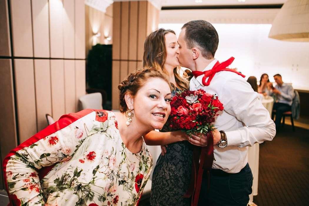 Они тоже скоро поженятся!))  Фото -Сергей Дхум! - фото 15145564 Ведущая Лариса Кривошлык