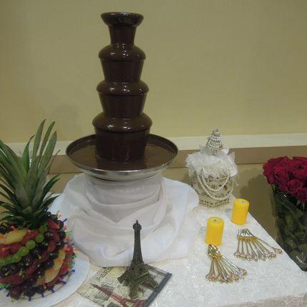 Шоколадный фонтан 4 яруса