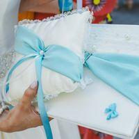 Папка и подушечка для колец с голубым декором