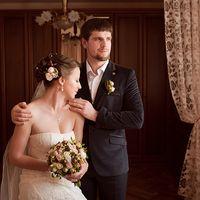 ореховый букет отлично дополняет образ невесты
