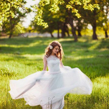 Свадебное платье с расшитым топом