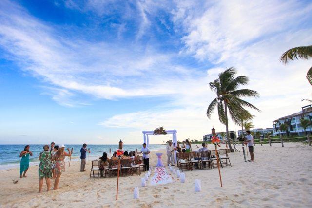 Фото 676171 в коллекции Место проведения - частный уединенный пляж - Гелена Дёмель - свадебный координатор в Мексике