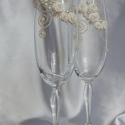 Бокалы для свадьбы праздничные