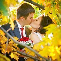 Такая красивая осень...Очень красивая пара..Нежная невеста.. Макияж -  Екатерина Шевченко, Прическа - Алина Ерема