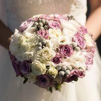 Сиреневый букет невесты