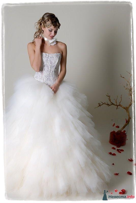 """Хризантема  15 800 р - фото 29149 Салон свадебной моды """"Келли"""""""
