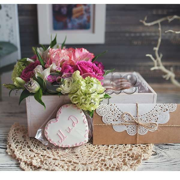 Свадебные цветы и пряники (и конверт с деньгами ;)) - фото 14855170 Cookie craft - пряники и тортики ручной работы
