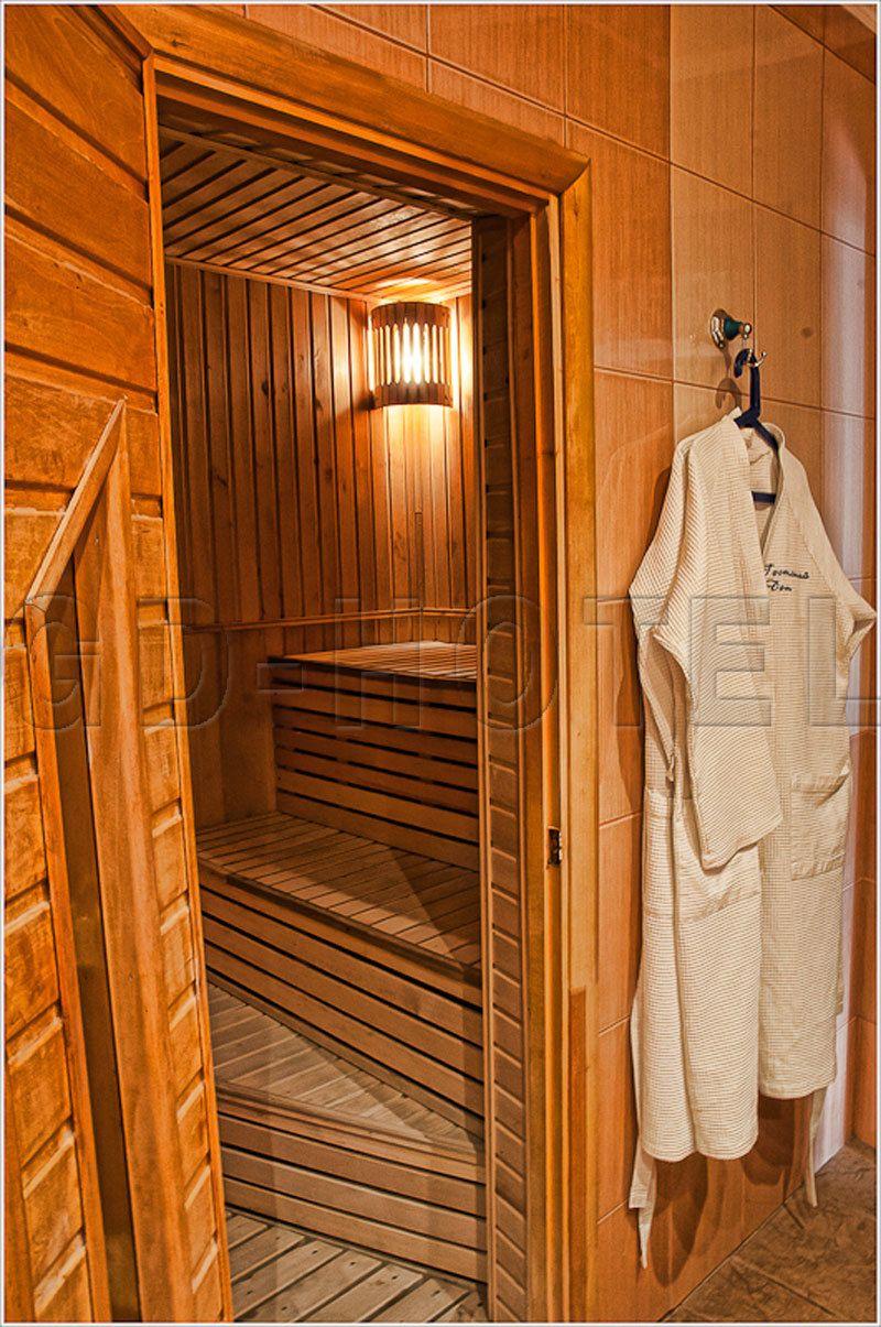 Фото 4303587 в коллекции Номера люкс и гостинные апартаменты - Отель Гостинный Дом