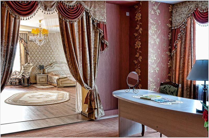 Фото 4303977 в коллекции Номера люкс и гостинные апартаменты - Отель Гостинный Дом