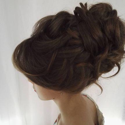 Причёска для гостей на свадьбе
