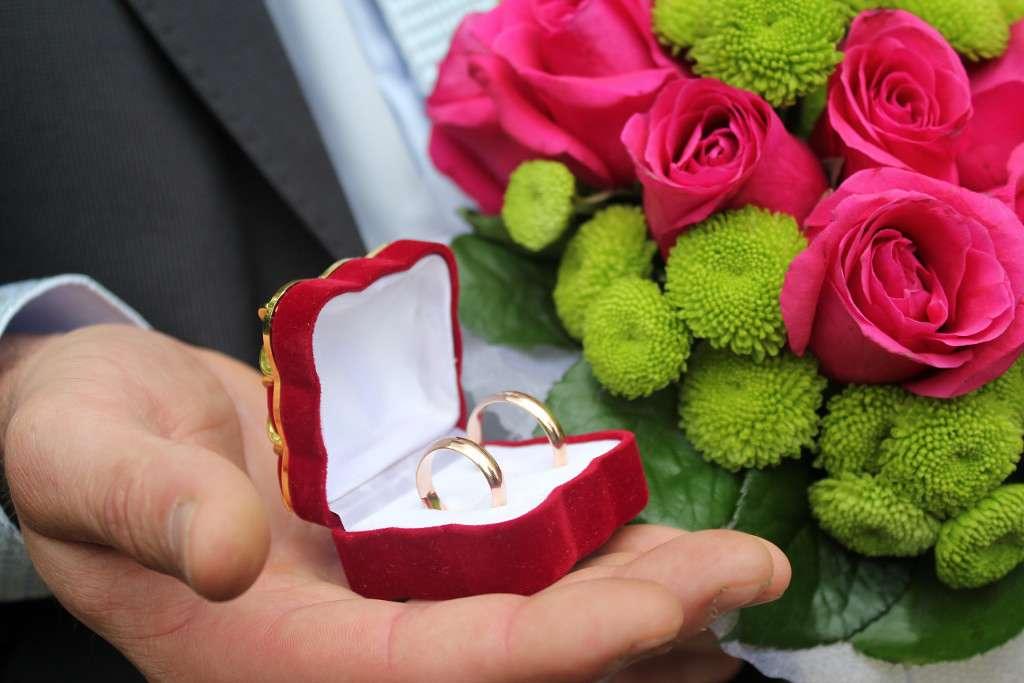 Обручальное кольцо- не простое украшенье..... - фото 4328829 Ведущая Зверева Марина