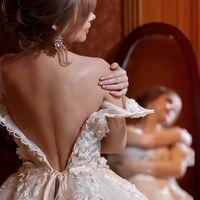 Кристина... Утро невесты...   Основное портфолио здесь     Фотограф Кириллов Андрей.  заказать съемку свадьбы  +7 (903) 436 91 80   Связаться со мной можно здесь   #фотографандрейкириллов #фотографкирилловандрей #свадебныйфотографкирилловандрей #жених #не