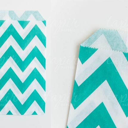 Пакетик бумажный разные цвета 25шт.