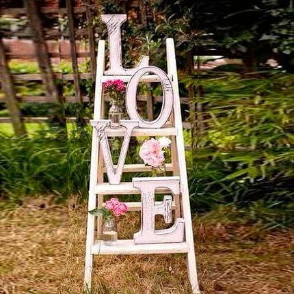 Стеллаж Love для фотозоны