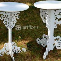 Ажурный столик для выездной церемонии из дерева