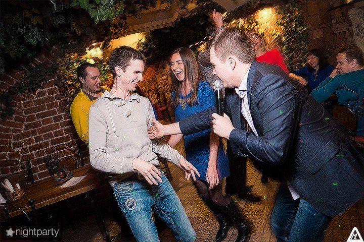 Открытый юмор с гостями!!!))) - фото 4718507 Ведущий Александр и DJ Владимир