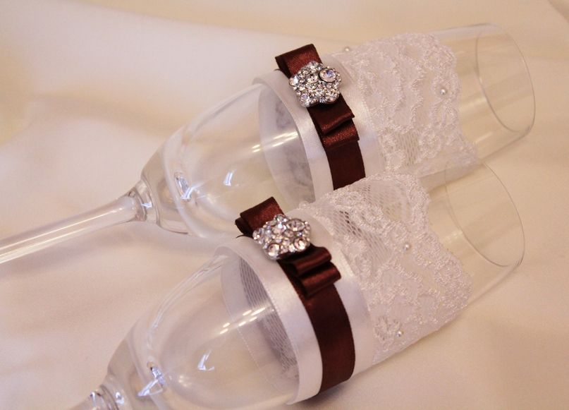 Оформление своими руками свадебных бокалов и бутылок