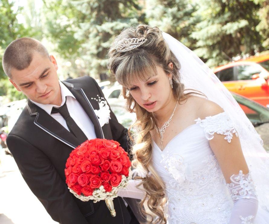 Букет невесты и бутоньерка для жениха