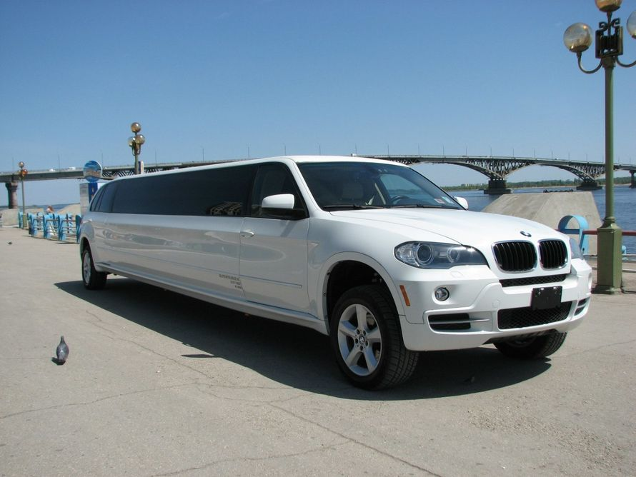 Аренда лимузина BMW X5