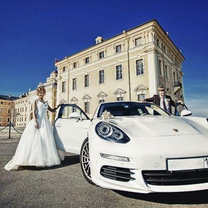 Аренда авто Porsche panamera, цена за 1 час