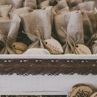 Бонбоньерки с орешками для гостей