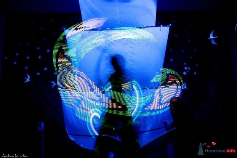 """Световое шоу в Хабаровске, неоновое шоу в Хабаровске, свадьба в Хабаровске, праздник, light шоу - фото 408340 Огненное шоу - Студия """"Найтфолл"""""""