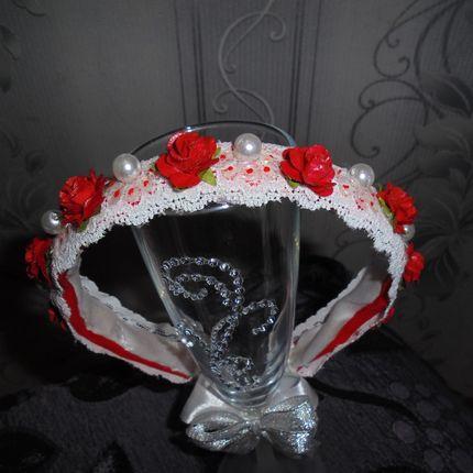 Ободок для причёски с красными розами