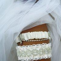 """Комплект подвязок """"Деифилия"""", с шикарным декором из кристаллов."""