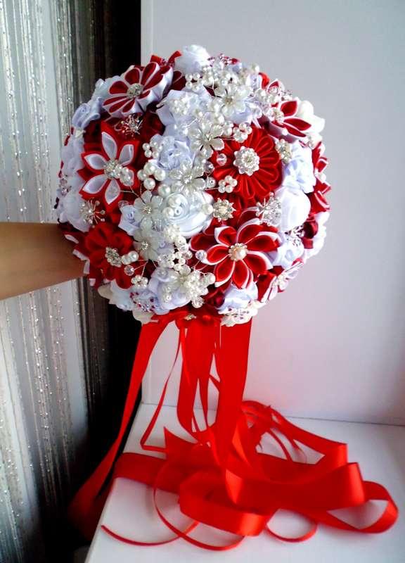 Дорогие невесты! Хочу предложить Вам уникальные Брошь букеты, выполненные в разной технике с использованием шелка, шифона, атласа, атласных лент. - фото 15368306 Оформление свадеб, букеты и аксессуары - Decover