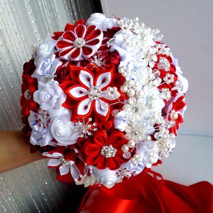 """Свадебный брошь букет """"Красный в белом"""""""