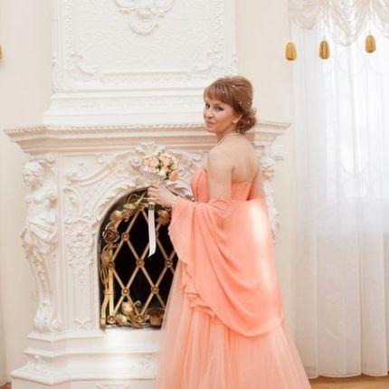 Свадебное платье-трансформер персикового цвета