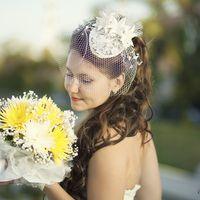 Букет невесты из желтых и белых астр