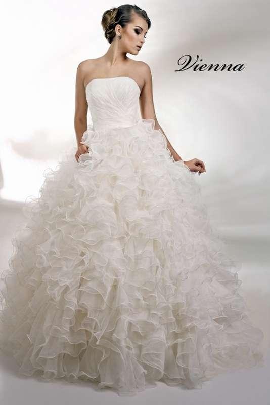 """Фото 869105 в коллекции Свадебные платья в наличии и под заказ ! - Свадебный салон-прокат """"Невеста"""""""