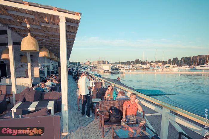 Фото 5701241 в коллекции Интерьер - Ресторан Youжный
