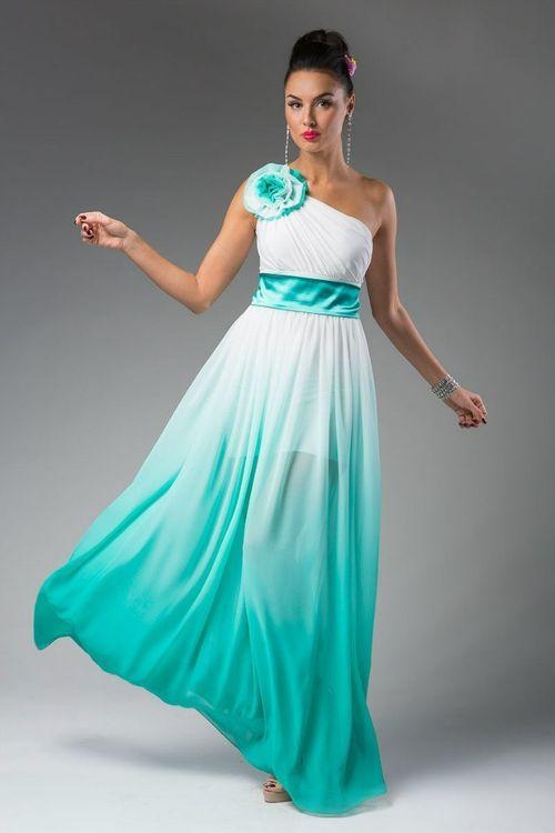 Бирюзовое с белым платье