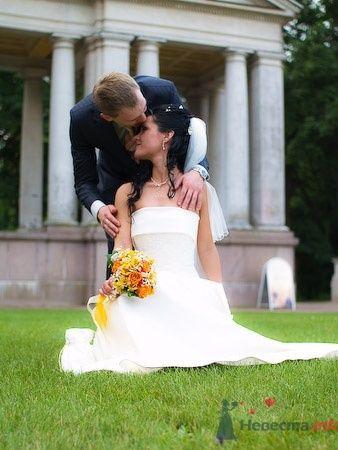 Свадебный букет невесты в оранжевых тонах. - фото 627 Студия фото и видеосъемки Aliya Pavrose