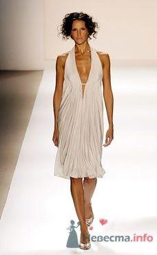 Коктейльное платье Tadashi от ПЛЮМАЖ