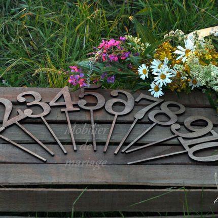 Коробочки под композиции на столы гостей