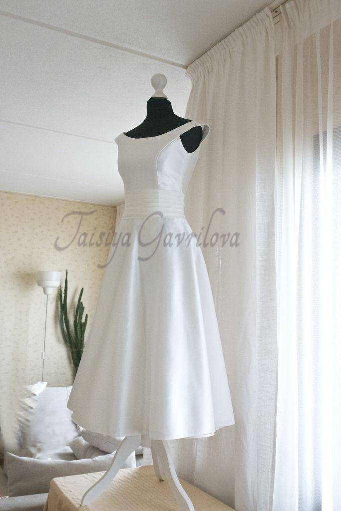 Короткое свадебное платье. Ретро