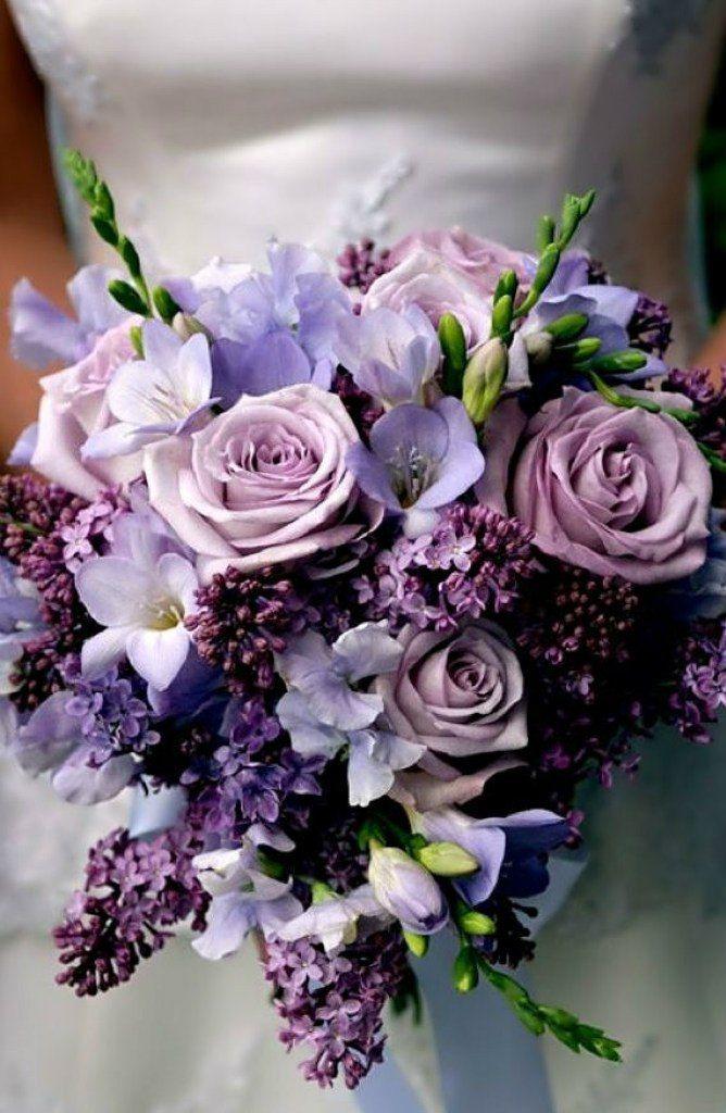 Букет цветов фиолетовый