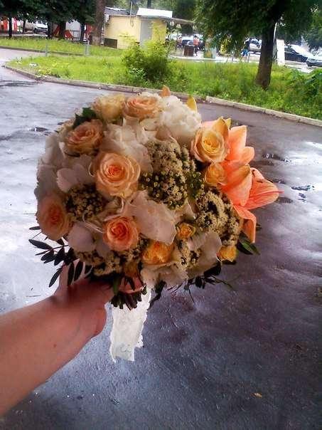 Букет невесты , гортензия , роза , амарилис , кружево , белый , персиковый , айвори. - фото 6591436 Флорист Светлана Плотникова