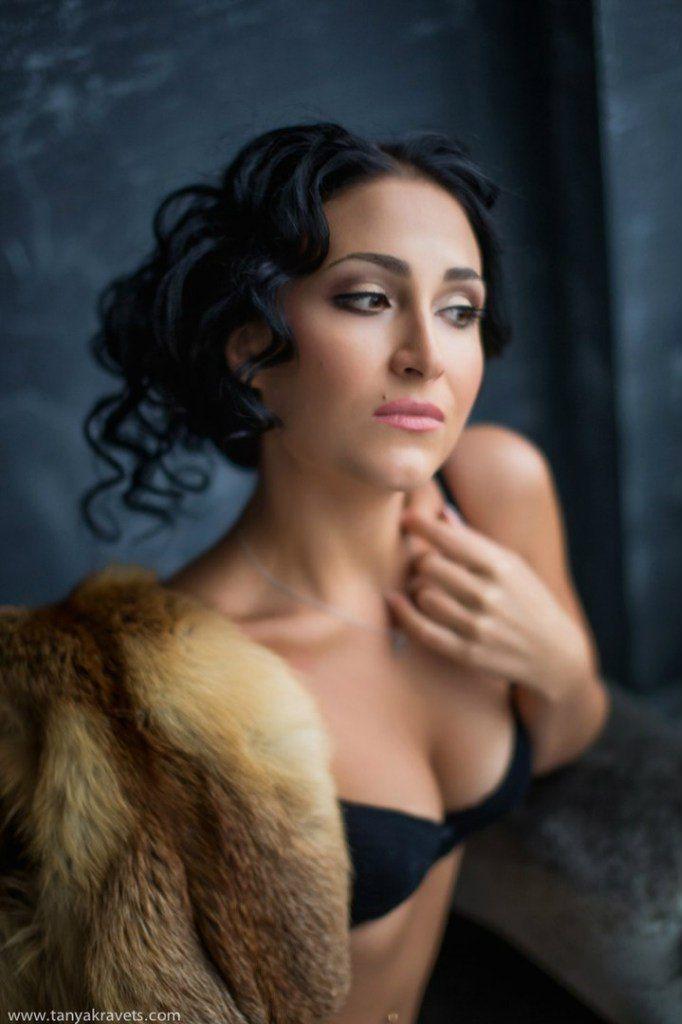 Лена (прическа+макияж) фото Татьяна Кравец - фото 10823692 Свадебный стилист-визажист Жанна Шевлякова
