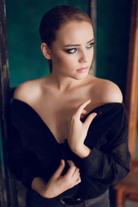 Фото 18195578 в коллекции вечерние,торжественные прически,макияж,фотосессии - Свадебный стилист-визажист Жанна Шевлякова