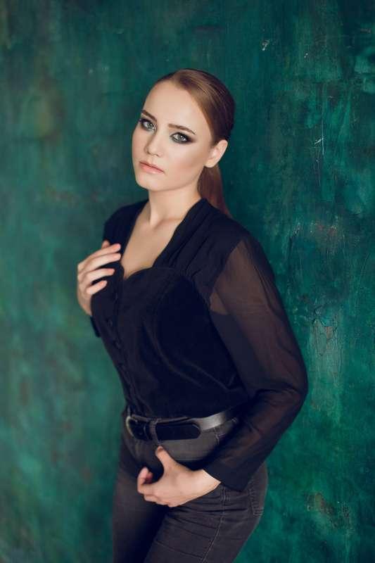 Фото 18195580 в коллекции вечерние,торжественные прически,макияж,фотосессии - Свадебный стилист-визажист Жанна Шевлякова