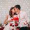 торт Белый Берег банкет вишни молодожёны муж жена
